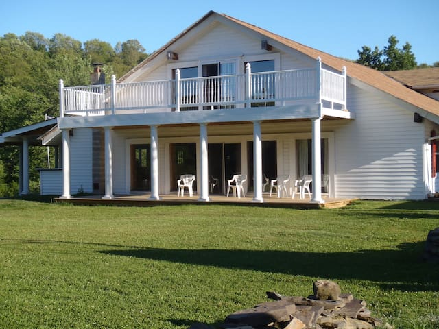 Old Mill Woods Bed and Breakfast - Columbia Cross Roads - Szoba reggelivel