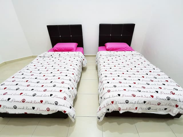 Kluang Homestay(near to town)