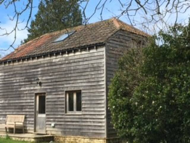 Detached, self-contained, annexe near Castle Combe - Grittleton - Lainnya