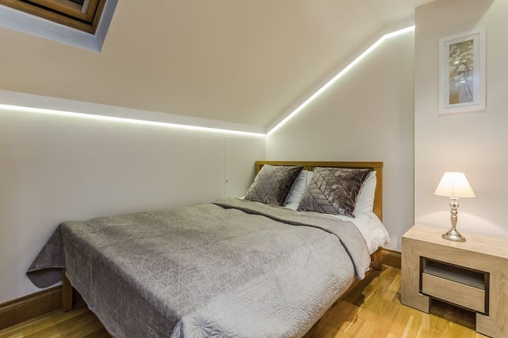 Studio Flat in Russell Square