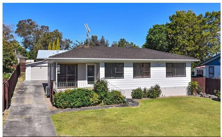 Beautiful house close to motorway - Auckland - Hus