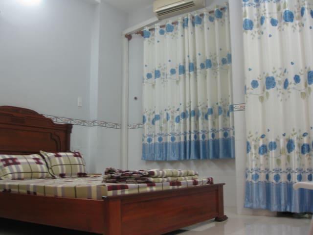 Cosy and bright room, Viet homestay - Ho Chi Minh - Dom