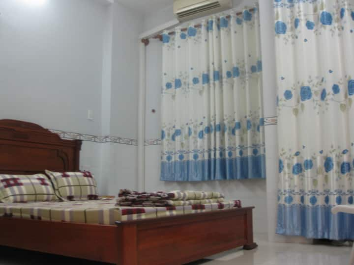 Cosy and bright room, Viet homestay