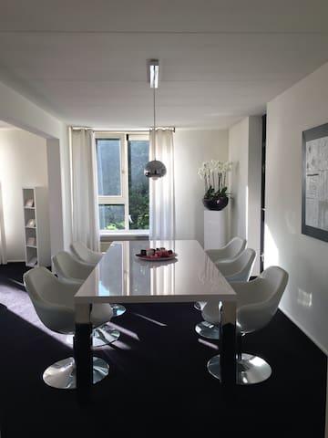 MUSTSTAY APPARTM OF 120M2-15MIN AMSTERDAM CENTRE - Diemen - Lägenhet