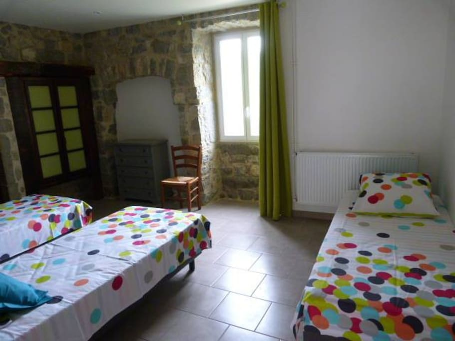 chambre triple version 3 lits simples