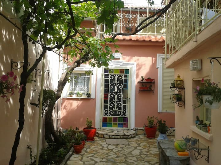 Colorful Villa in the Center of Korce