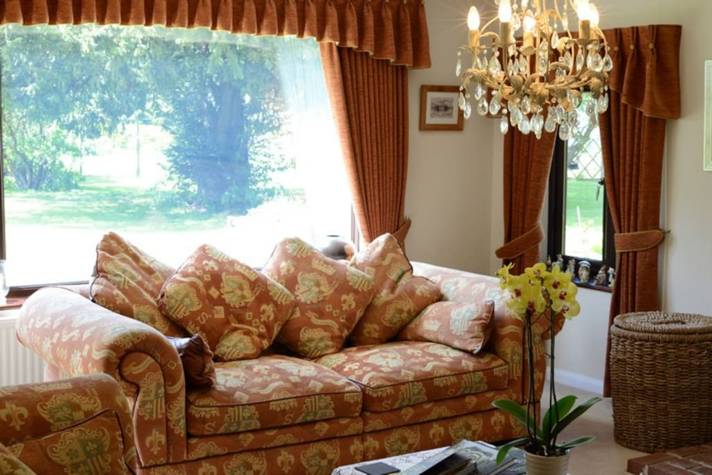 Guest lounge - view into gardens