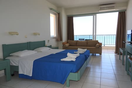 The beachfront apartment - Rethymno - Квартира