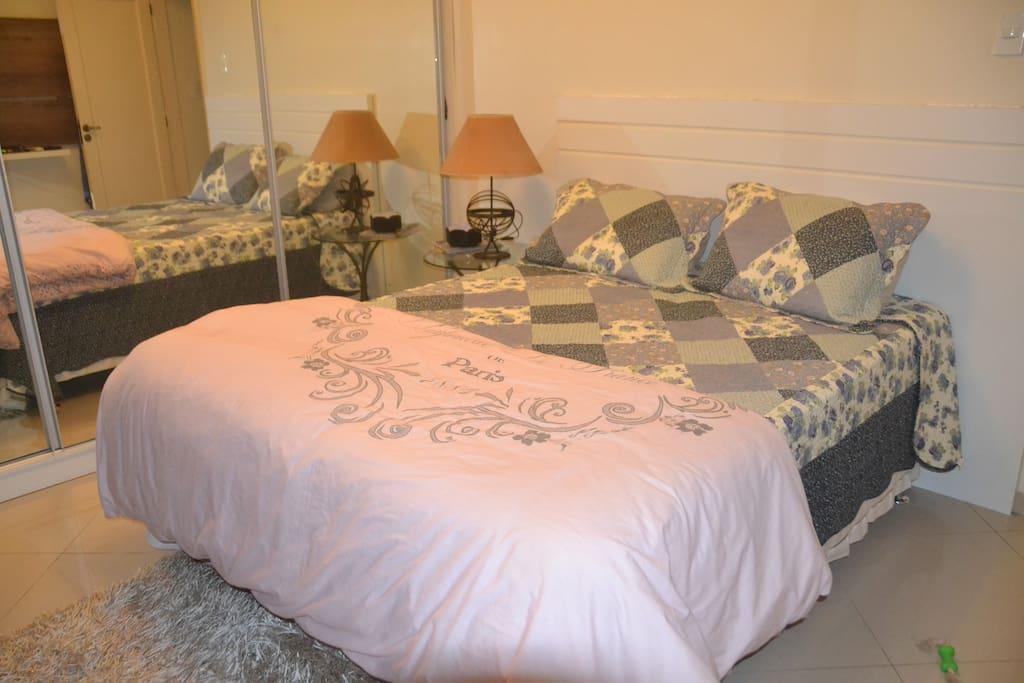 Quarto do apartamento (bedroom)