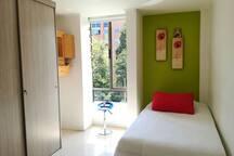 Hermosa habitación en Zona bien ubicada /tranquila