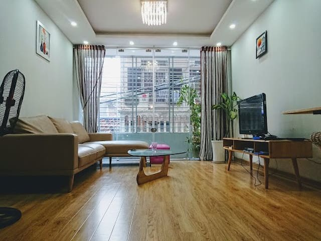 Clean&cozy room in BaDinh *Free washer/Lake nearby
