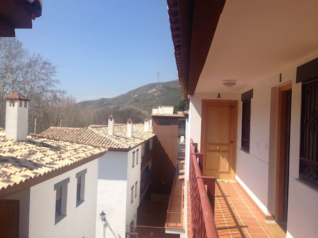 Granada, Alhambra y Sierra Nevada - Pinos Genil - Wohnung