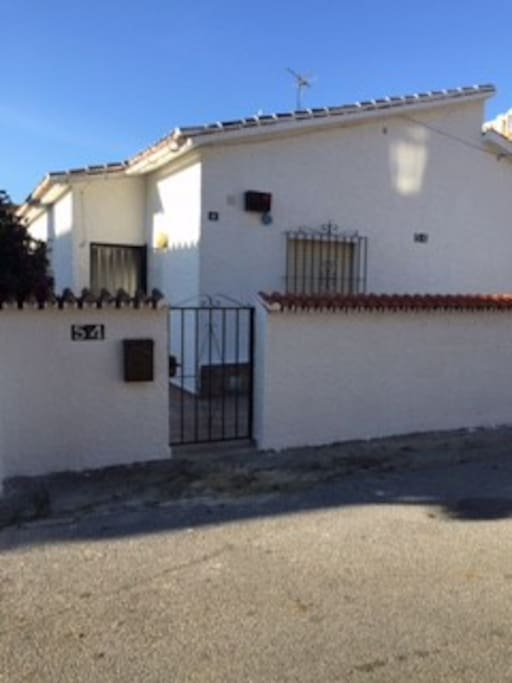 Rustic 2 bed villa in mijas costa houses for rent in for Beds 4 u malaga
