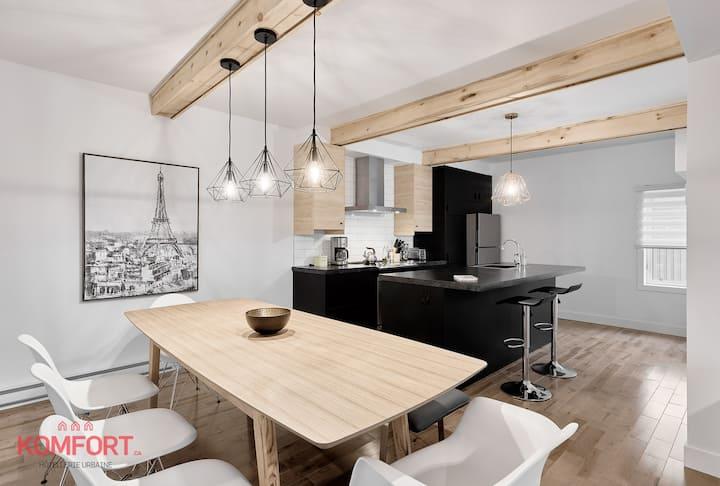 Cozy modern House | Maison à deux pas des chutes