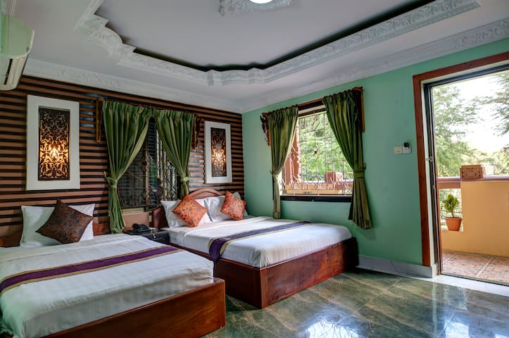 Family room (2 minute to Royal Palace and Museum) - Phnom Penh - 旅舍