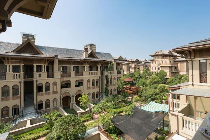 【思念果岭】黄河游览区私家花园叠层小别墅