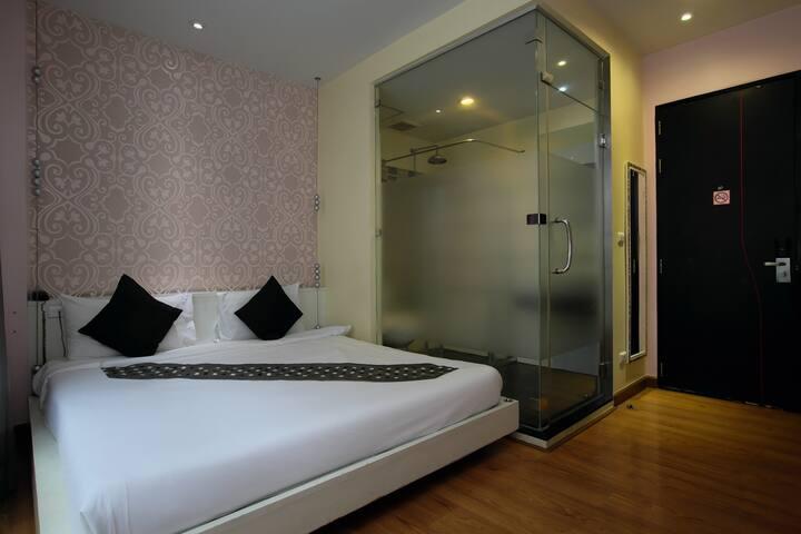 28SQM @ Glitz Silom 5min to BTS WALLY - Bangkok - Apartamento