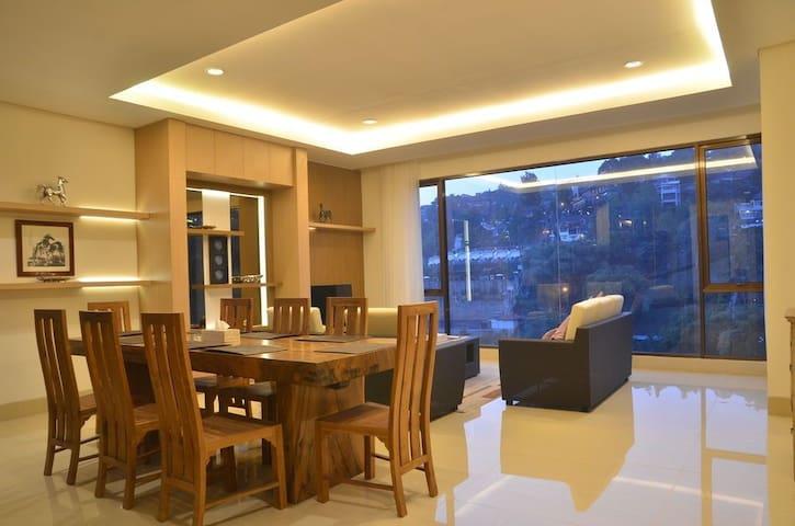 Converted Barn Villa Moom - Cidadap - Lägenhet