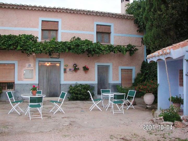 Maison de 2 chambres à Noguericas, avec piscine partagée, terrasse et WiFi