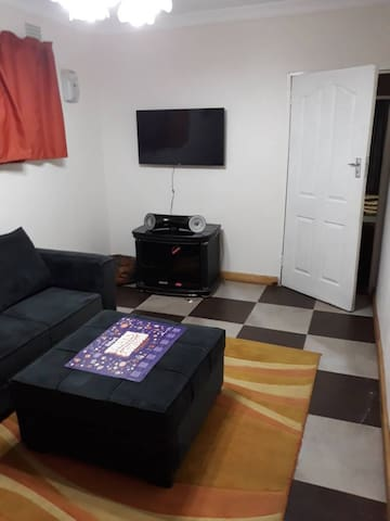 Comfortable flat in Ibex Hill