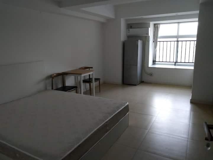 华为西研所旁35平独立公寓
