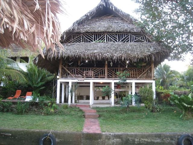 Guatemala Caribbean Treasure - Izabal - Chalet