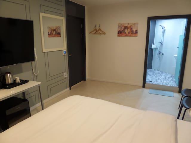 hotel grim in dongdaemoon 108