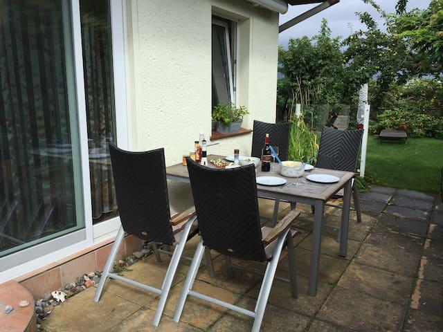 Gemütliches und ruhiges Ferienhaus in Strandnähe - Poel - Bungalow