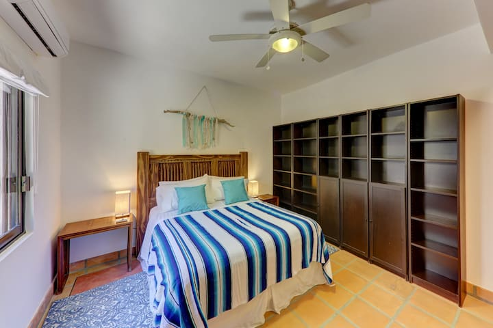 Casita bedroom perfect for the guests that wants even more peace and quiet privacy.