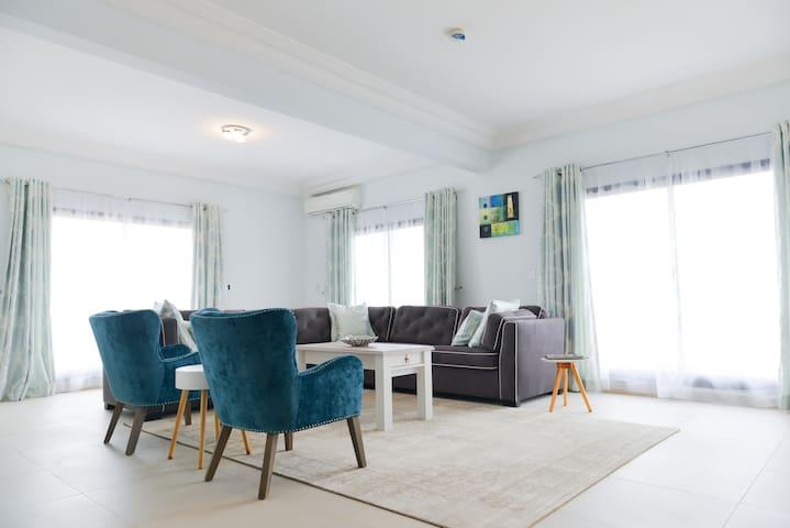 Atlantic Luxury Apartments (Deluxe)