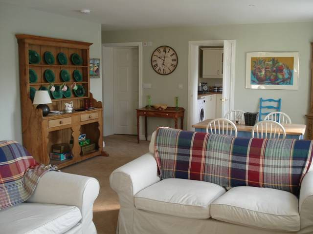Stable cottage self catering - Milton Lilbourne - House