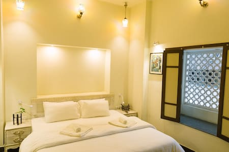 Deluxe Double Room with Window Balcony