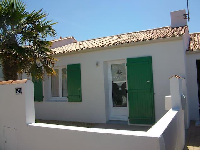 Charmante maison à 5 minutes de la plage - Château-d'Olonne - Σπίτι
