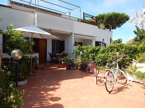 Villetta su due piani/ Small house on two floors