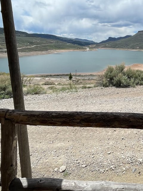 Cozy cabin on Blue Mesa Reservoir