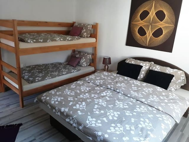 Apartment Ajla for four