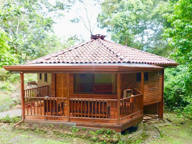 Cabaña octogonal en Ecovilla