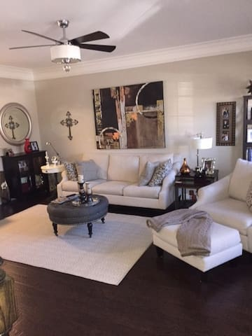 beautiful condo thats all yours for the wkend! - Nashville - Appartement en résidence