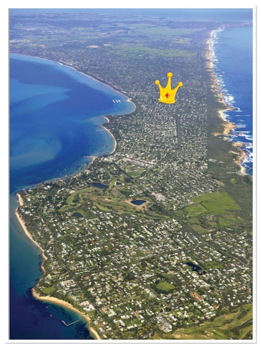 The narrowest part of the Peninsula. Our place is located at the base of the crown making it close to bay and ocean beaches.  credit: Prentice.