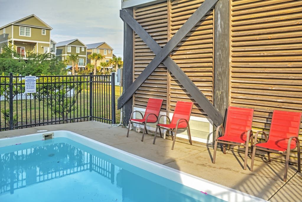You'll love lounging by the pool.