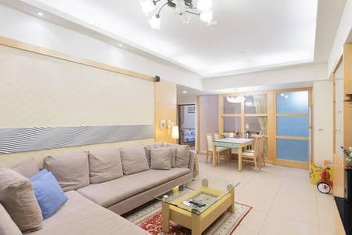 獨立包層/2房1廳1衛廚房/出差,親子旅遊首選