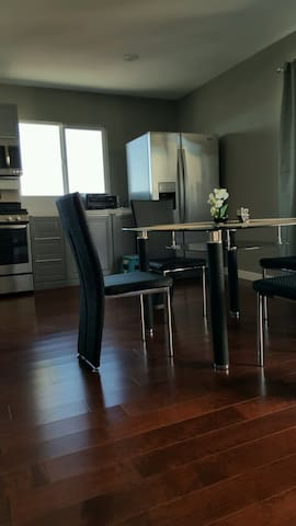 Brand New Modern Apartment Close to Strip - Las Vegas - Daire