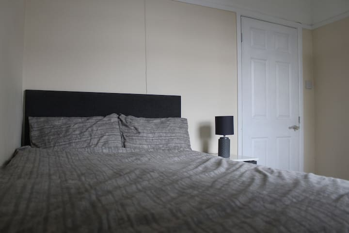 R3 -SDouble Bedroom Near LCFC/CityCentre/FossePark