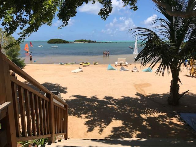 "Cosy & Brand New Beach Apartment - ""Casa Playa"""