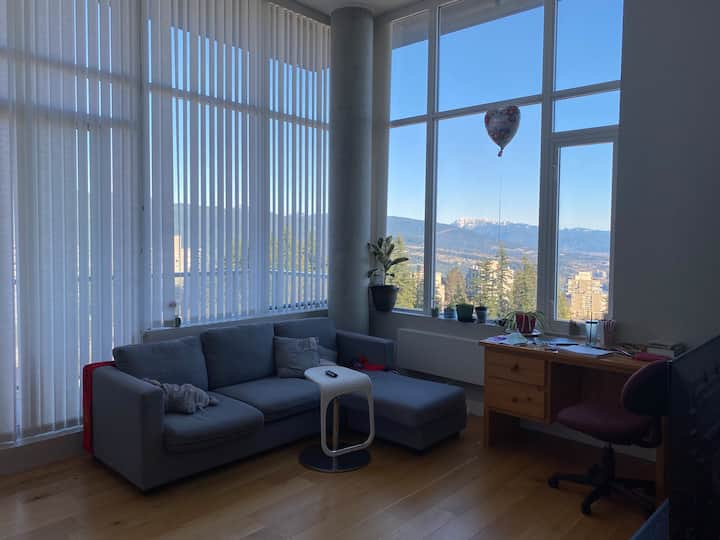 Penthouse SFU (ONLY FEMALES)