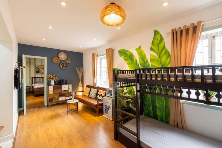 TRULY beautiful HANOI homestay * 2mins to Station