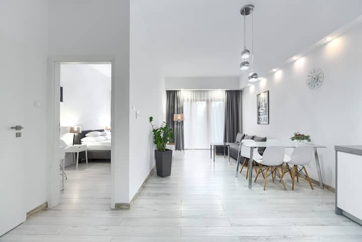 Park Apartment with bedroom and garden