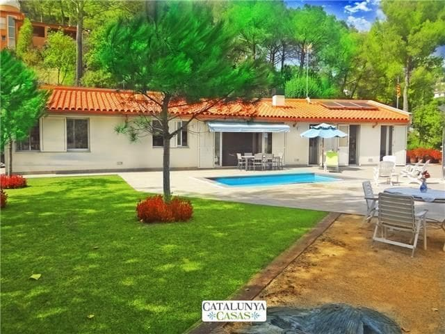 Fabulous and tranquil 4-bedroom countryside villa in Sant Feliu, 25km from Barcelona - Barcelona Region - 別荘