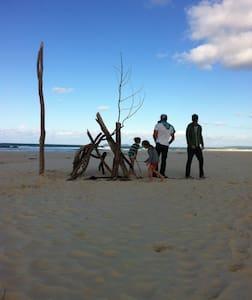 Noosa Peregian Surf Stay Yurt