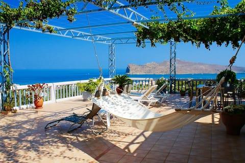 ♥Family holidays at Villa Theodosia♥